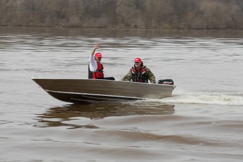 Моторно-гребная лодка Bester 390 - купить (заказать), узнать цену - Охотничий супермаркет Стрелец г. Екатеринбург